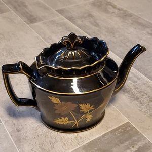 Vintage Gold Leaf Black Ceramic Tea Pot